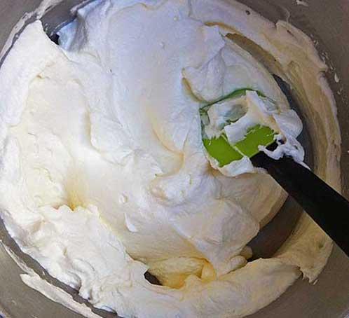 Заварное тесто для эклеров