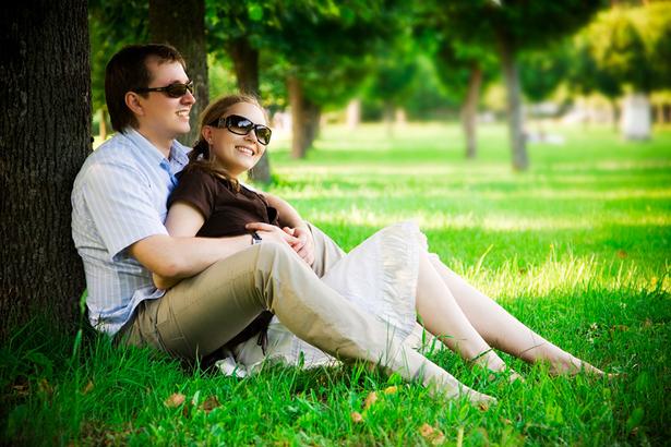 Как ухаживать за парнем и принимать ухаживания